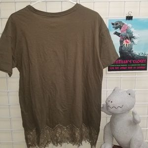 Freeze Tops - Freeze olive green cotton lace trim tee size large
